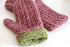 Ravelry: Baba's Mittens pattern by Laura Nelkin (fully lined)