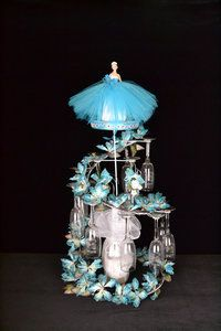 """35"""" Quinceanera Toasting Set #TS59 Beautiful toasting sets with a set of engraved """"Mis Quince Años"""" glasses."""