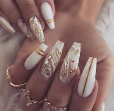 Important Things You Should Know About Acrylic Nails – NaiLovely White Acrylic Nails, Summer Acrylic Nails, Best Acrylic Nails, White Nail, Aycrlic Nails, Glam Nails, Beauty Nails, Gold Stiletto Nails, Bling Nails