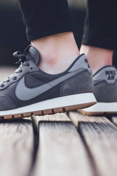 superior quality 707d8 945d5 NIKE Air Pegasus 83 Dark Grey
