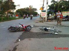 Bị xe máy tông, người phụ nữ điều khiển xe đạp điện bị thương nặng