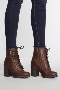 Women Boots Snow Boots Womens Tan Knee High Boots All Black Outfit With Brown Boots Flat Knee High Boots Sale Heeled Boots, Bootie Boots, Shoe Boots, Ankle Boots, Wedge Boots, Cute Combat Boots, Riding Boots, Women's Boots, Cowgirl Boots