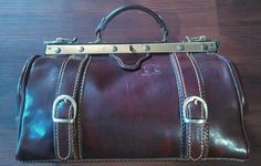 NEW DOCTOR BAG PURSE Satchel Medical ITALIAN LEATHER BROWN   MADE IN ITALY #VintageValor #Doctor