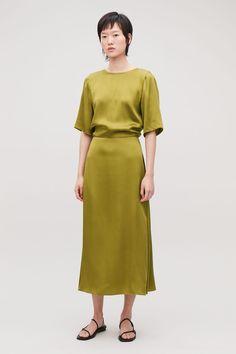 00e1eebd6052 LONG SILK DRESS - Woodbine green - Dresses - COS Dusty Pink Dresses, Silk  Dress