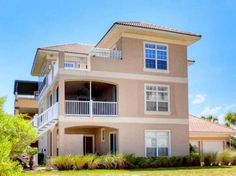 Sea Dream Palm Coast (Florida) Sea Dream is a holiday home with a barbecue, situated in Bon Terra. The air-conditioned unit is 35 km from St. Augustine. Free private parking is available on site.  The unit equipped with a kitchen with a dishwasher and oven.