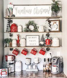 Farmhouse Christmas Decor, Christmas Kitchen, Cozy Christmas, Rustic Christmas, Christmas Lights, Farmhouse Decor, Holiday Decor, Christmas Ideas, Xmas