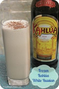 A Nostalgic Frozen Kahlúa White Russian Cocktail & Holiday Entertaining Tips Looking for a frozen treat? This Kahlua White Russian will satisfy your craving. Cocktail Drinks, Fun Drinks, Yummy Drinks, Cocktail Recipes, Beverages, Kahlua Drinks, Vanilla Vodka Drinks, Spring Cocktails, Vodka Cocktails
