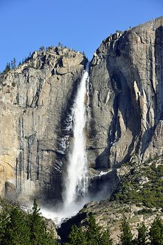 See Yosemite. The Top Yosemite Things To Do. If you go to Yosemite things to do are in abundance. However, there are a few things that should be at the top of your list. The top things you'll want to Yosemite Vacation, Vacation Trips, Day Trips, Vacation Travel, Yosemite National Park, National Parks, Places To Travel, Places To See, Yosemite Falls