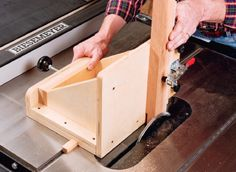 Woodworking Techniques How to Make a Table Saw Adjustable Tenoning Jig - Free Woodworking Plans - This jig incorporates a long carriage bolt with adjustable knob and a sturdy body to help you cut your tenons easily on your table saw. Woodworking Table Saw, Rockler Woodworking, Woodworking Supplies, Woodworking Workshop, Woodworking Techniques, Woodworking Crafts, Woodworking Projects, Woodworking Jigsaw, Youtube Woodworking