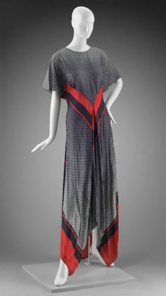 Dress Arnold Scaasi, 1971 The Museum of Fine Arts, Boston