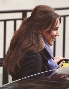 Kate Middleton- Could she be any more perfect? Her hair is stunning. Wedding Hair And Makeup, Hair Makeup, Pretty Hairstyles, Wedding Hairstyles, Kate Middleton Photos, Kate Middleton Haircut, Kate Middleton Makeup, Kate Middleton Wedding, Gorgeous Hair