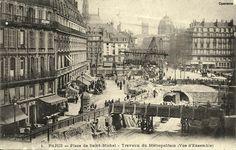 PARIS - Place Saint-Michel - Travaux du Métropolitain Le Marais Paris, Saint Michel, Place, Mud, Memories, Painting, Antique Pictures, Memoirs, Souvenirs