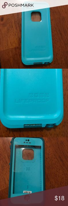 iPhone 5 Lifeproof case This Lifeproof case is no longer in use because I got a new phone. It was used for about a year so it does have some wear and tare. It is still in good working condition and has a built in screen protector on the front. Great deal! Super cute color! LifeProof Accessories Phone Cases