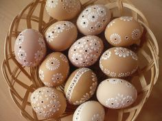 Carved Eggs, Baby Tattoos, Lettering Styles, Easter Crafts, Easter Eggs, Carving, Crafty, Ornaments, Holidays