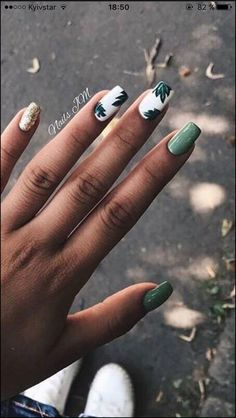 98 beautiful and amazing nail art for the summer page 14 - Nageldesign - Nail Art - Nagellack - Nail Polish - Nailart - Nails - Gradient Nails, Gold Nails, Stiletto Nails, Marble Nails, Glitter Nails, Silver Glitter, Stiletto Nail Designs, Gradient Nail Design, Metallic