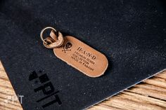 Hot printed leather puller made in Italy by Panama Trimmings #denim #details #vintage #labeling