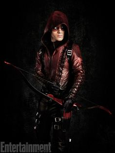 A brand new Arsenal photo has been released for the Arrow TV show ahead of #SDCC