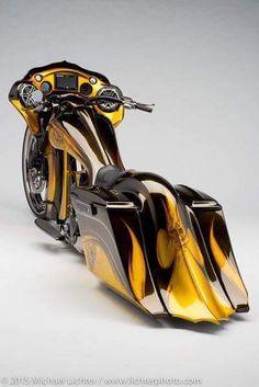 Harley Davidson News – Harley Davidson Bike Pics Harley Bagger, Bagger Motorcycle, Harley Bikes, Harley Davidson Motorcycles, Custom Street Bikes, Custom Bikes, Moto Fest, Motorcycle Paint Jobs, Motorcycle Garage