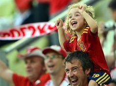 Spain, la mejor aficion! Soccer, futbol, niña, kids