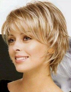 50 Chic Short Bob Hairstyles & Haircuts for Women in 2019 - Style My Hairs Short Hairstyles For Thick Hair, Short Hair With Layers, Short Hair Cuts For Women, Boho Hairstyles, Hairstyles Haircuts, Curly Hair Styles, Updos Hairstyle, Short Haircuts, Asymmetrical Hairstyles