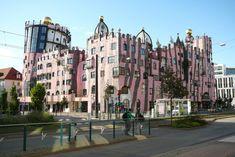 FOTO: Bizarné domy rakúskeho architekta: Pritiahnu pohľad všetkých okoloidúcich Hundertwasser