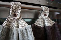 Ravelry: Towel Topper pattern by Teresa Richardson Bird Quilt Blocks, Ravelry Free, Crochet Projects, Free Crochet, Towel, Quilts, Pattern, Kitchen, Fashion