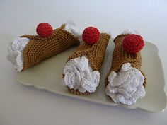 CANNOLI SICILIANI CROCHET