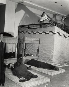 Weegee, Caretakers, Madison Square Garden, 1944