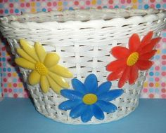 Vintage 1970's Girls Bicycle Bike Woven Basket with Plastic Flowers Daisies