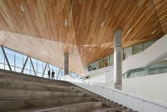 MSDL-architectes-menkes-shooner-dagenais-letourneux-maison-des-etudiants-de-l'ETS-montreal-canada-designboom-02