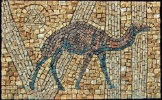 kalideco: camel VII Mosaic Tile Art, Stone Mosaic, Mosaic Animals, Mosaic Designs, Ancient Jewelry, Natural Stones, Stained Glass, City Photo, Antiques