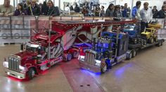 TruckModel Peterbilt 359 RC 1:4 Vs Peterbilt 359 RC the cousin.....
