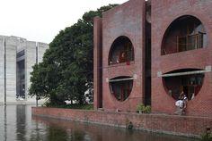 Kahn Parliament Building | ... 40 00 louis kahn s parliament building in dhaka bangladesh a
