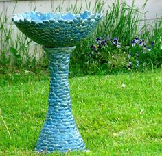 Handmade birdbath. I think this is a great idea i hate the cheap new ones they are making now days.