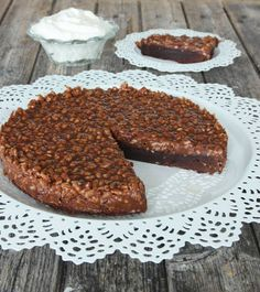 Cake Recipes, Dessert Recipes, Desserts, Mud Cake, Sweets Cake, Food Cakes, Crunches, Sugar And Spice, Rice Krispies