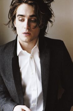 Landon Liboiron - Hemlock Grove (TV), Terra Nova (TV), Degrassi: The Next Generation (TV)