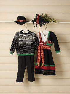 GG190-02 Setesdal festdrakt til gutt & jente | Gjestal Folk Costume, Costumes, Line S, American Girl, Christmas Sweaters, Knitting, Barn, Clothes, Dresses