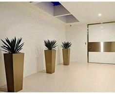Vasos e floreiras vietnamitas! Com texturas, cores e tamanhos variados são opções práticas e elegantes para integrar ambientes interno e externos, como varandas , jardins e piscinas. Faça seu orçamento conosco: contato@mmreprese... #vasosvietnamitas #vasosvitrificado #vasos #floreiras #jardim #jardimdeinverno #varanda #interiores #exteriores #desing #decor #designinteriores #decoração #paisagista #arquitetura