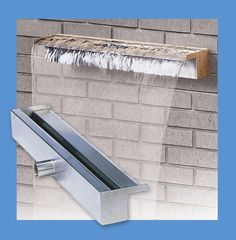 Features: -Water weir fountain. -Material: 304 Stainless steel. -Fantastic water sound. -Rear entry port(s). -Good for pond aeration. -Used be indoors or out. Finish: -Stainless Steel. Materia
