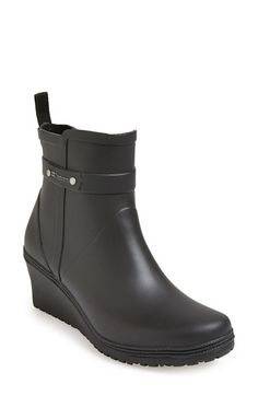 The perfect rain boots. | #boots #style #nordstrom