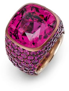 One of Hemmerle's stunning rings set with a tourmaline and sapphires in pink gold and copper. Photo courtesy of Hemmerle