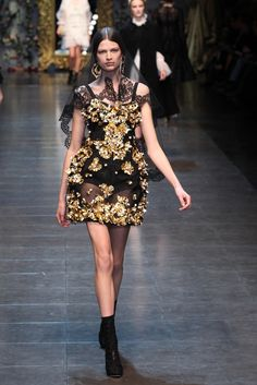Pretty. Dolce & Gabbana RTW Fall 2012 - Milan Photo by Piero Cristaldi (WWD)
