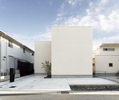 ミニマル 建築 - Google 検索 Kyoto, Garage Doors, Google, Outdoor Decor, Home Decor, Decoration Home, Room Decor, Home Interior Design, Carriage Doors
