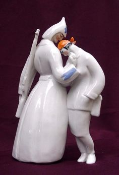 "Щербина. Скульптура ""Дан наказ"". 1960-63 р. Фарфор, лиття, розпис."
