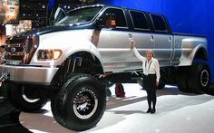 The Ford Monster Truck in a league of its own! Ford F650, Ford Bronco, Cool Trucks, Big Trucks, Cool Cars, Lifted Trucks, Pickup Trucks, Lifted Ford, American Funny Videos
