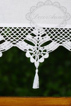 Shabby chic curtain with crochet handmade lace, french cafe curtain, farmhouse country curtain, rustical kitchen valance -height Crochet Blanket Edging, Crochet Borders, Crochet Lace, Crochet Patterns, Shabby Chic Pillows, Shabby Chic Curtains, Cafe Curtains, Diy Crafts Crochet, Crochet Projects