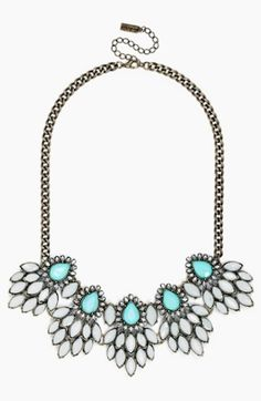 'peacock cluster' frontal necklace http://rstyle.me/n/mhkkmr9te