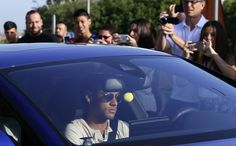 Not yet a great club, PSG signs big coup with Neymar