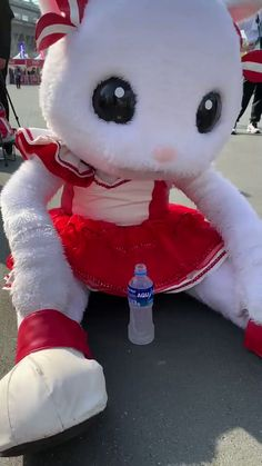 "jun_i on Twitter: ""SUZUKA 10HOURS 2019  全力後の後  #鈴鹿サーキット #鈴鹿10H #アップちゃん #TeamUpgarage… "" Mascot Costumes, Hello Kitty, Snoopy, Kawaii, Twitter, Shopping, Costumes, Kawaii Cute"