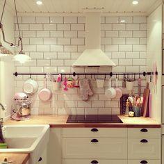 Frkenrosa - Instagram Kitchen Cabinets, Instagram, Home Decor, Decoration Home, Room Decor, Kitchen Base Cabinets, Dressers, Kitchen Cupboards, Interior Decorating